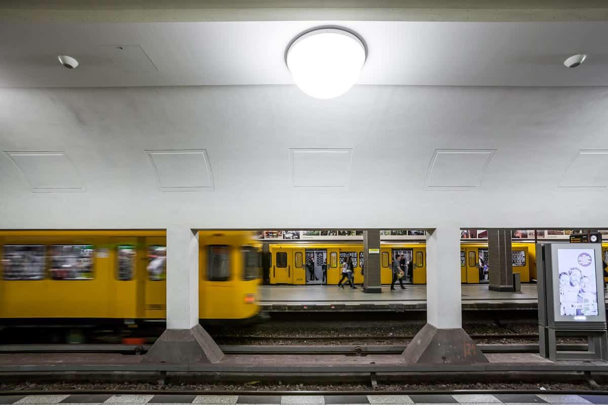 S2 - U-Bahnhof Merhringdamm – Berlin 2